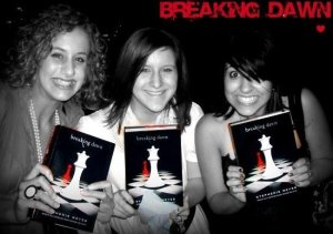 Fans going crazy with excitement over their brand new copies of Breaking Dawn