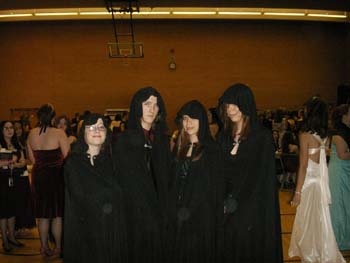 I still can't get over how exciting it was to have the Volturi at the prom—that's a long flight!